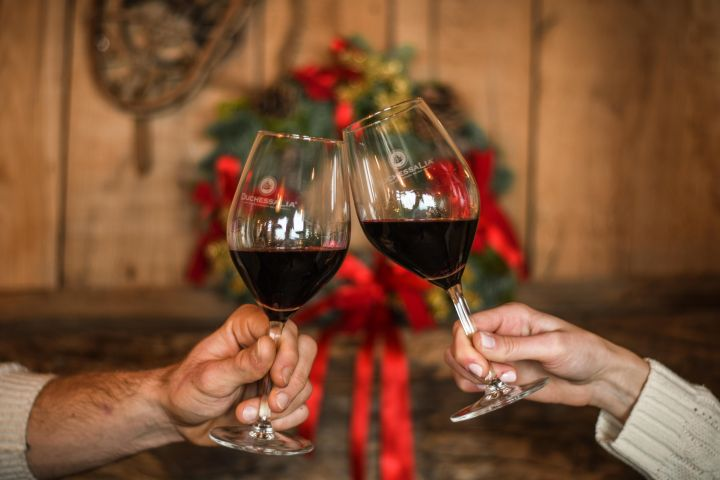 Two wines for the holidays, Barbaresco e Barbera Galanera